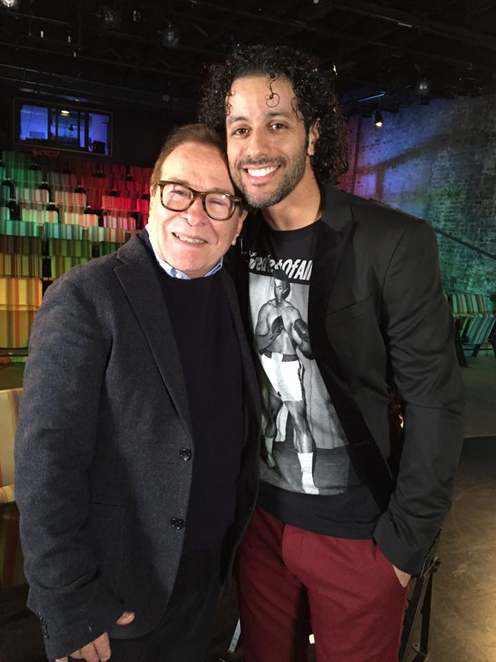 """Dean Zayas entrevistó al bailarín y coreógrafo boricua en una de sus pasadas ediciones de """"Estudio Actoral"""". (Foto Luis Salsagado FB)"""