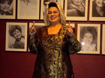 Lynda quiere perpetuar el recuerdo de Myrta Silva en el pueblo. (Foto suministrada)