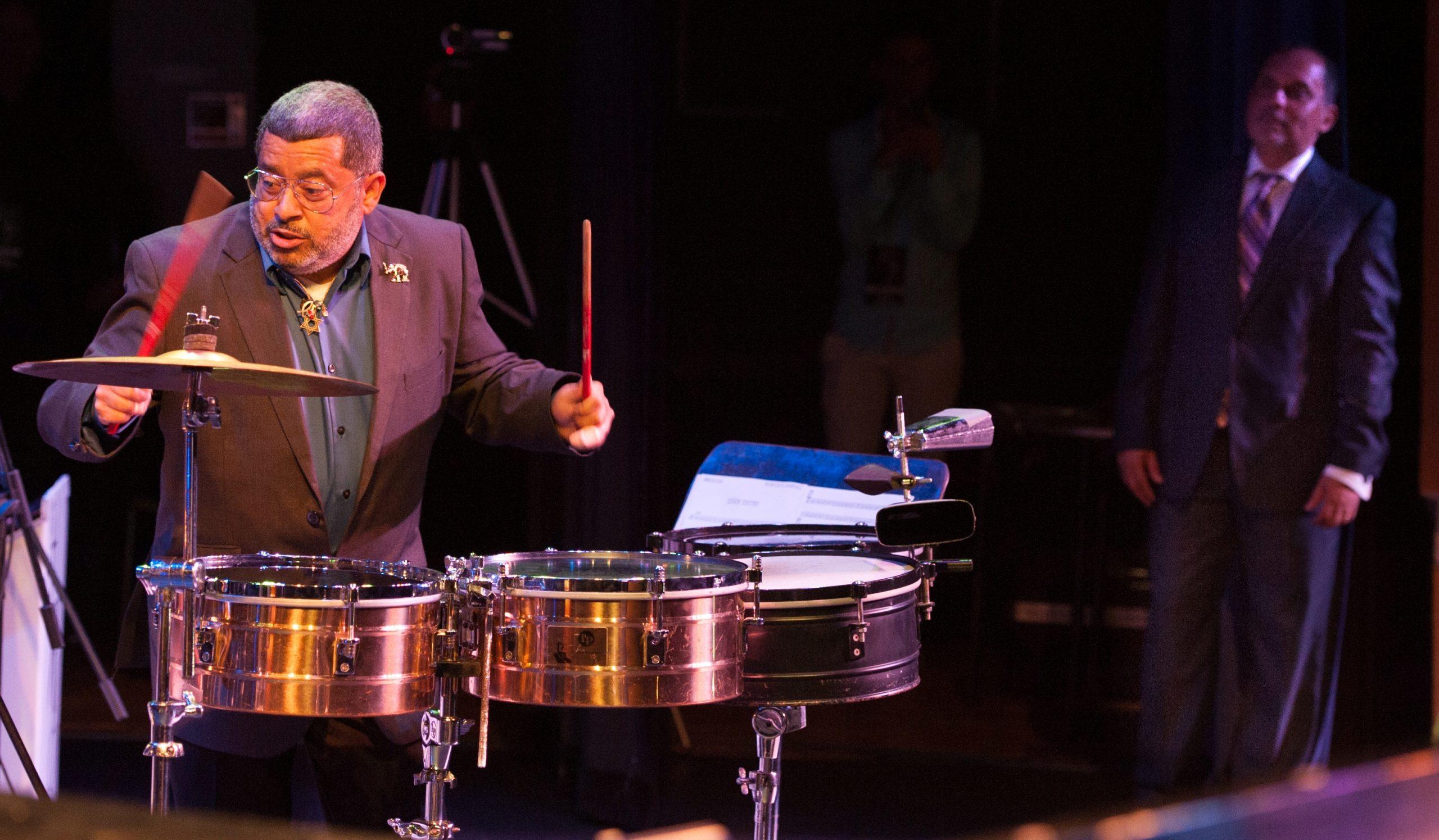 """Hidalgo fue uno de los músicos invitados en el pasado concierto """"25 aniversario Puerto Rico"""" de Humberto Ramírez. (Foto suministrada)"""