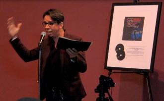 El cantautor Walter Morciglio hizo un llamado a la agenda de prioridades en los medios masivos de comunicación. (Foto Iván O. Ortiz / para Fundación Nacional para la Cultura Popular)