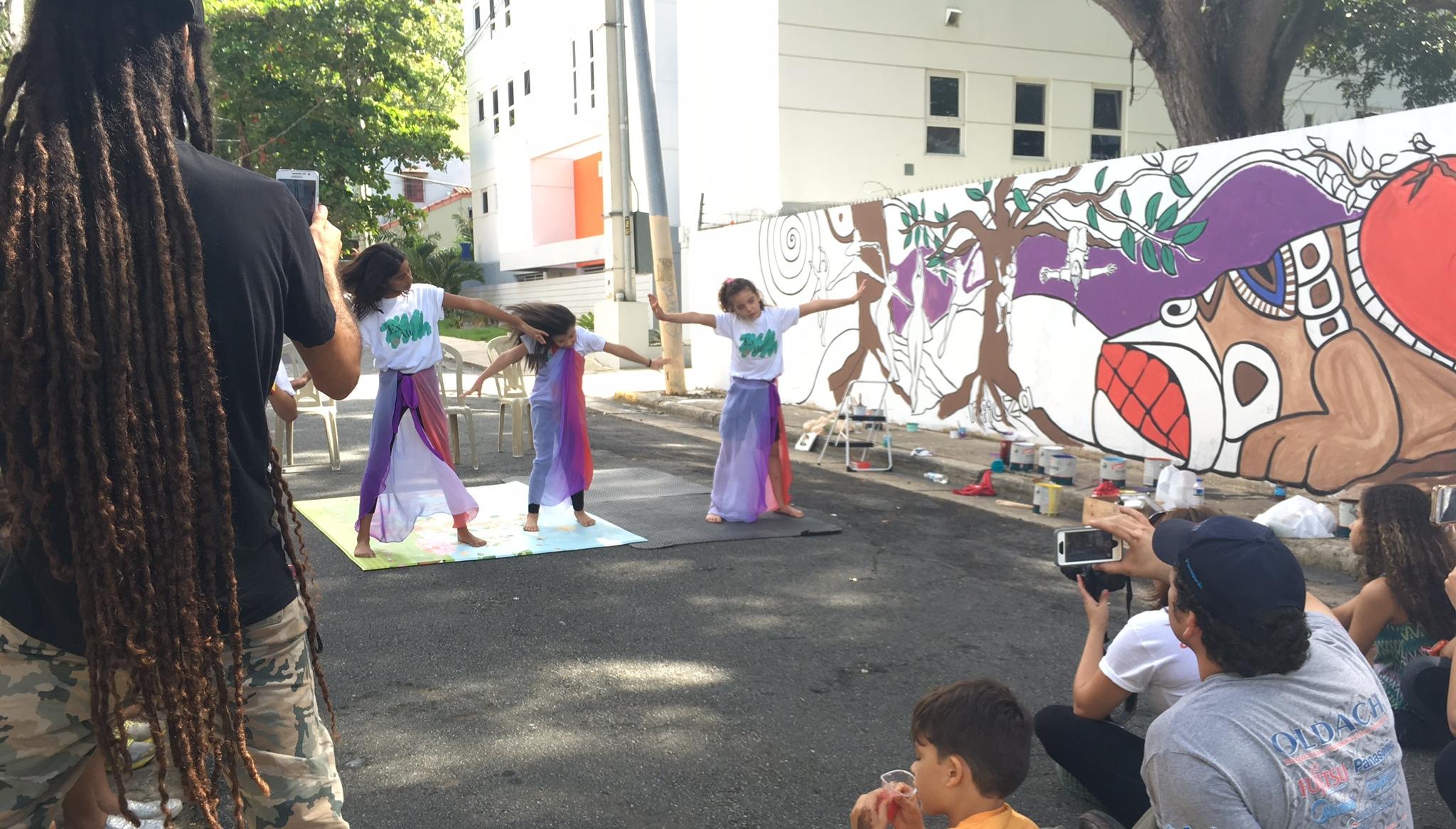 El baile fue integrado a la actividad de Ex Alt. (Foto Alina Marrero para Fundación Nacional para la Cultura Popular)