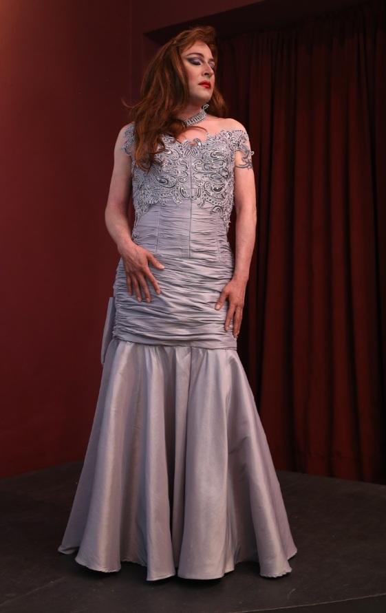 """Uno de los diseños de Cortés que vestirá el actor Ricardo Santana en """"Testigo de la luna azul"""". (Foto Adriana Pantoja / Cuarzo Blanco)"""