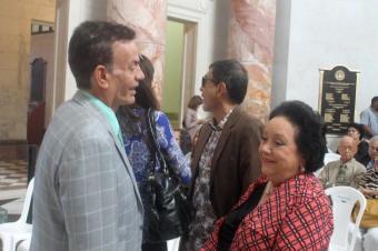 Velda, aquí junto al actor Jorge Luis Medina, considera beneficioso para la producción nacional los ajustes hechos a la Ley 108. (Foto Edgar Torres para Fundación Nacional para la Cultura Popular)