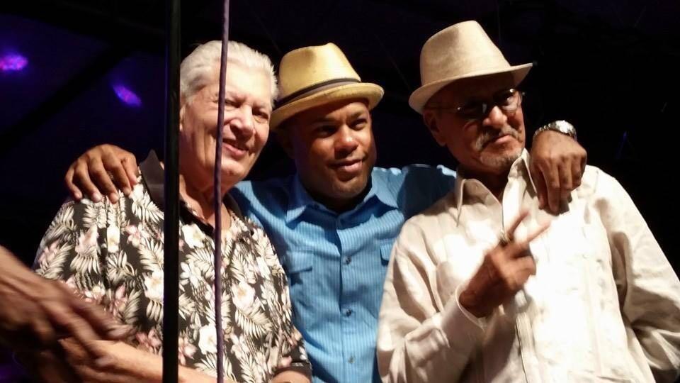 """Adalberto Santiago, Angel """"Papote"""" Alvarado y Justo Betancourt en una pasada edición del Festival. (Foto suministrada)"""