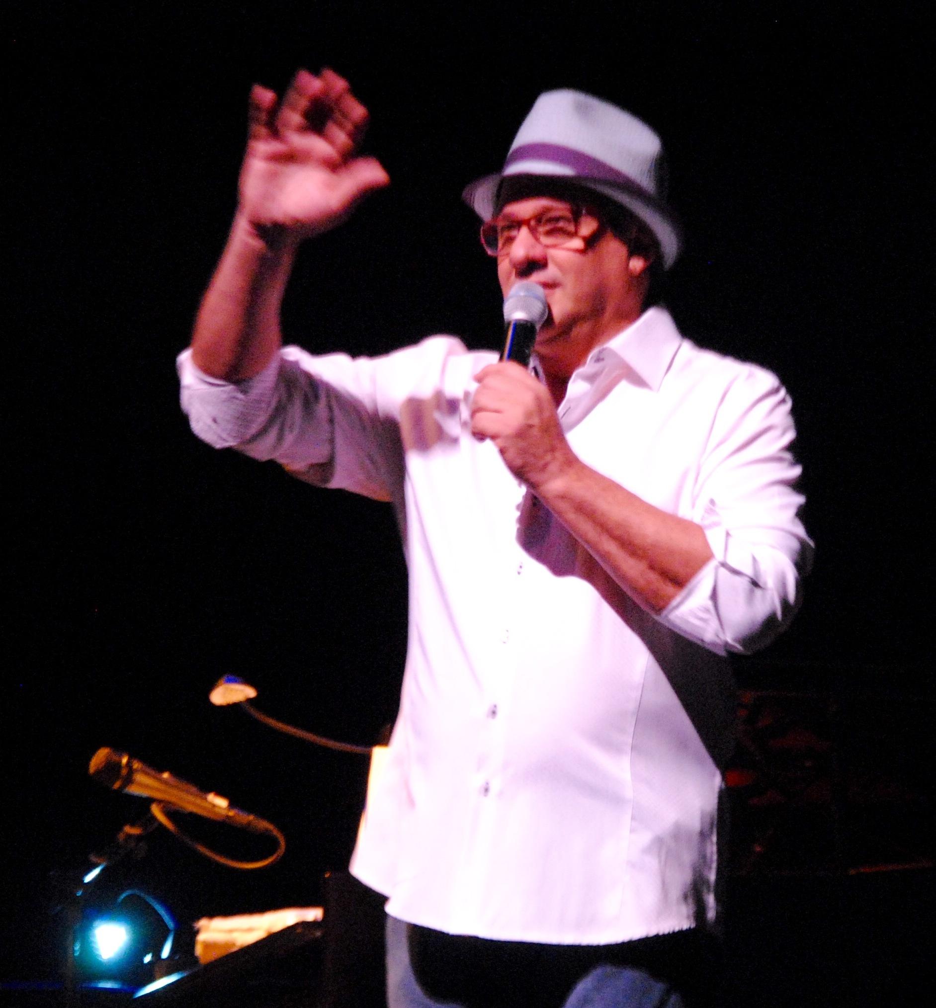 El actor y cantante valora el impacto de la obra del cantautor cubano Silvio Rodr;iguez en el pentagrama popular. (Foto Jaime Torres Torres para Fundación Nacional para la Cultura Popular)