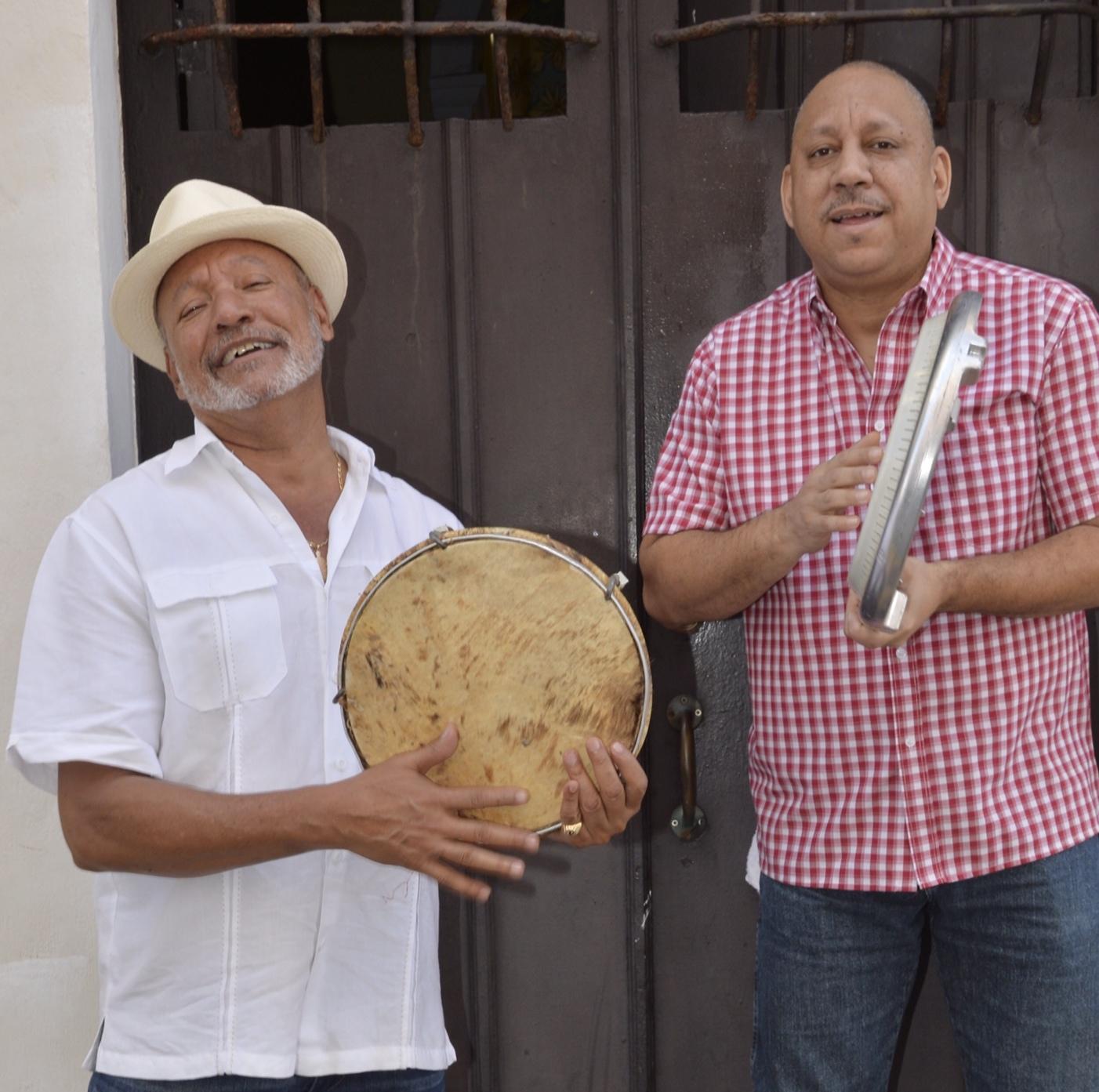 """Capitol y Celso """"Nague"""" Clemente rinden homenaje con Plenarium a Ismael Rivera. (Foto Festival de Bomba y Plena PR)"""