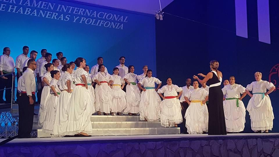 """Los embajadores musicales de Puerto Rico también interpretaron la plena """"Elena, Elena"""" en arreglo de Johanny Navarro. (Foto José Robledo)"""