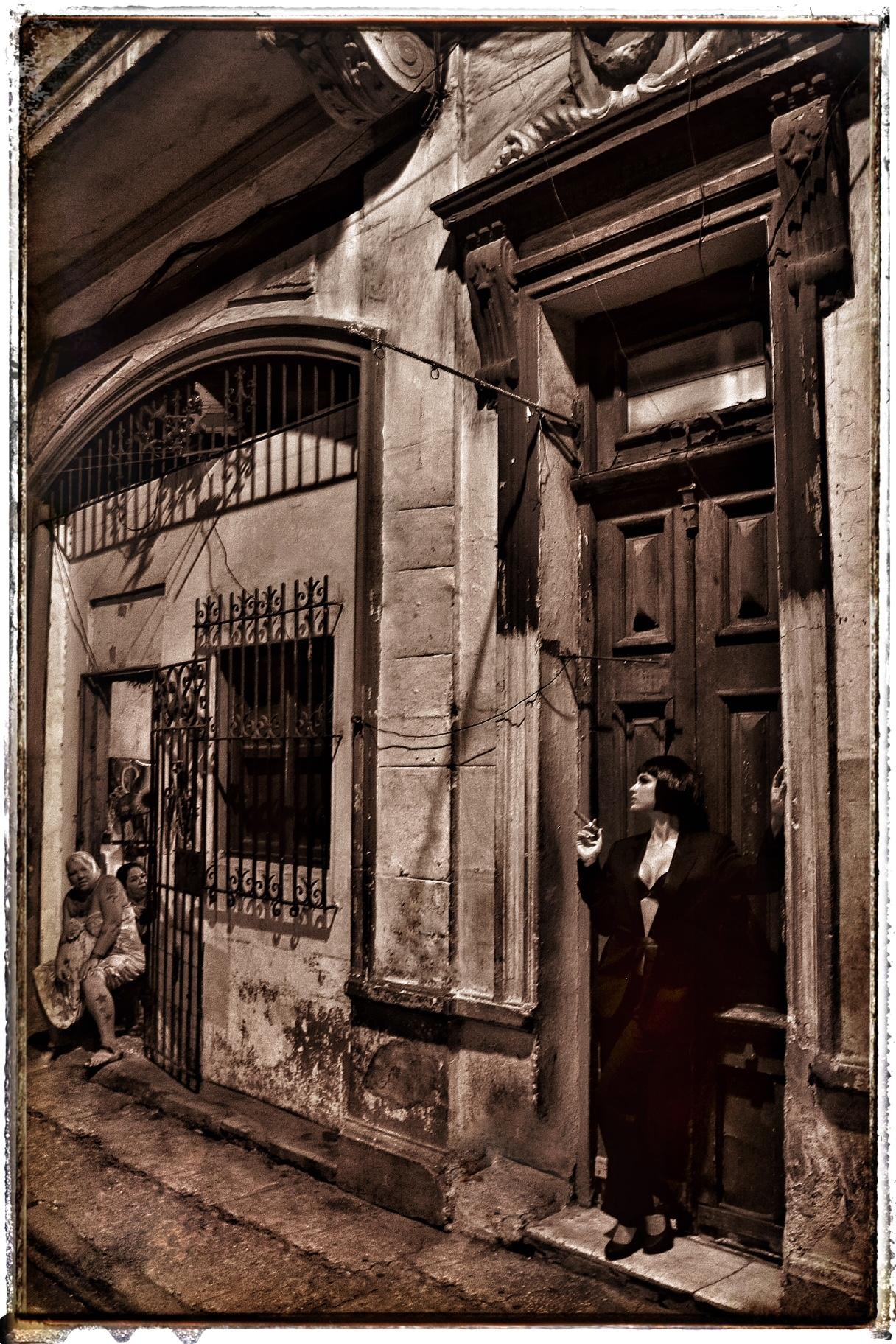 """""""Dos mundos…Cuba"""", es la foto principal de la colección que fue exhibida en la Miami Art Basel, en la Florida y posteriormente subastada en el Museo de Arte de Puerto Rico. (Foto suministrada)"""