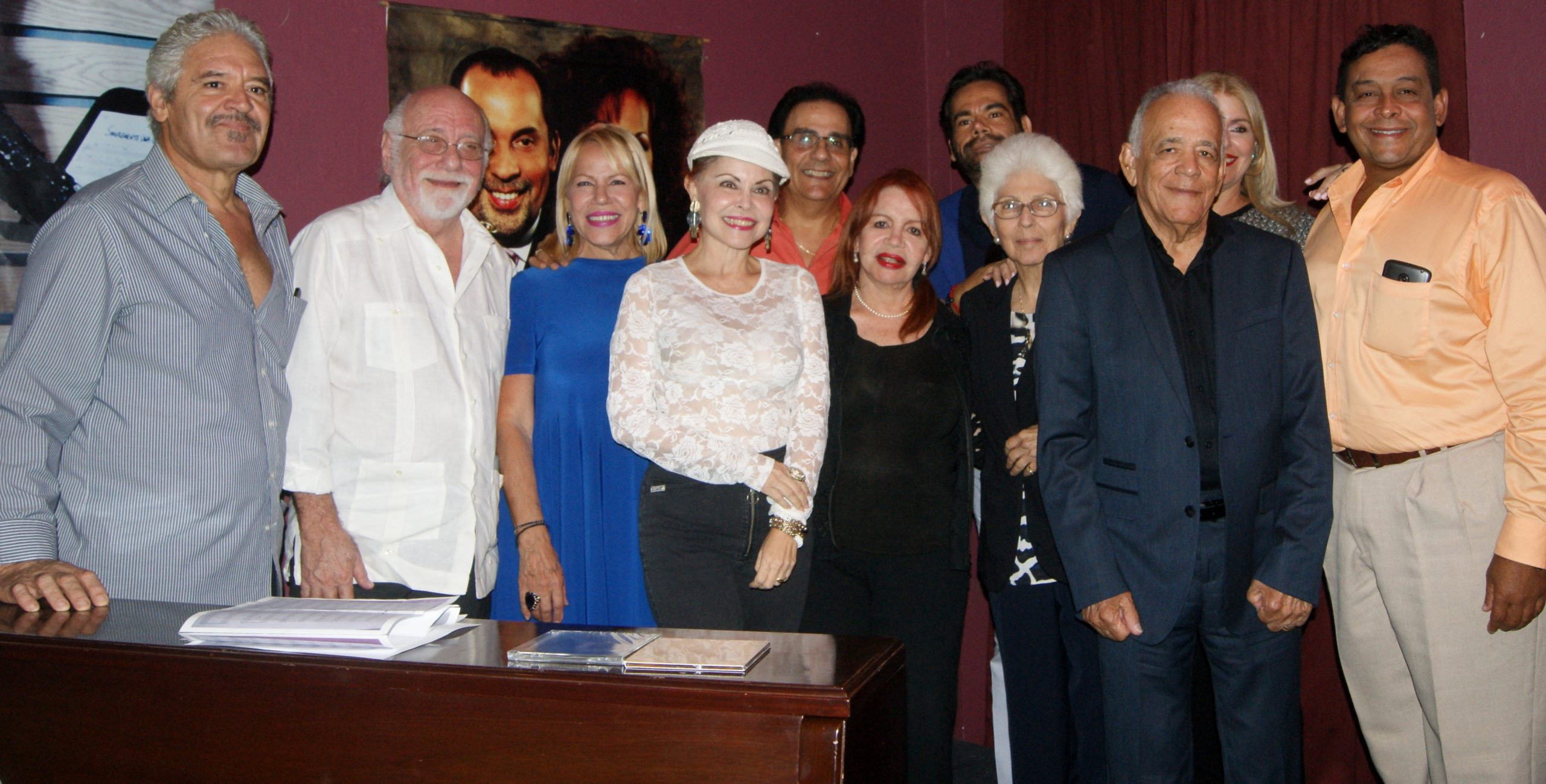 """Amigos, artistas y familiares frmaron parte el domingo de 'Fabery en el recuerdo""""."""