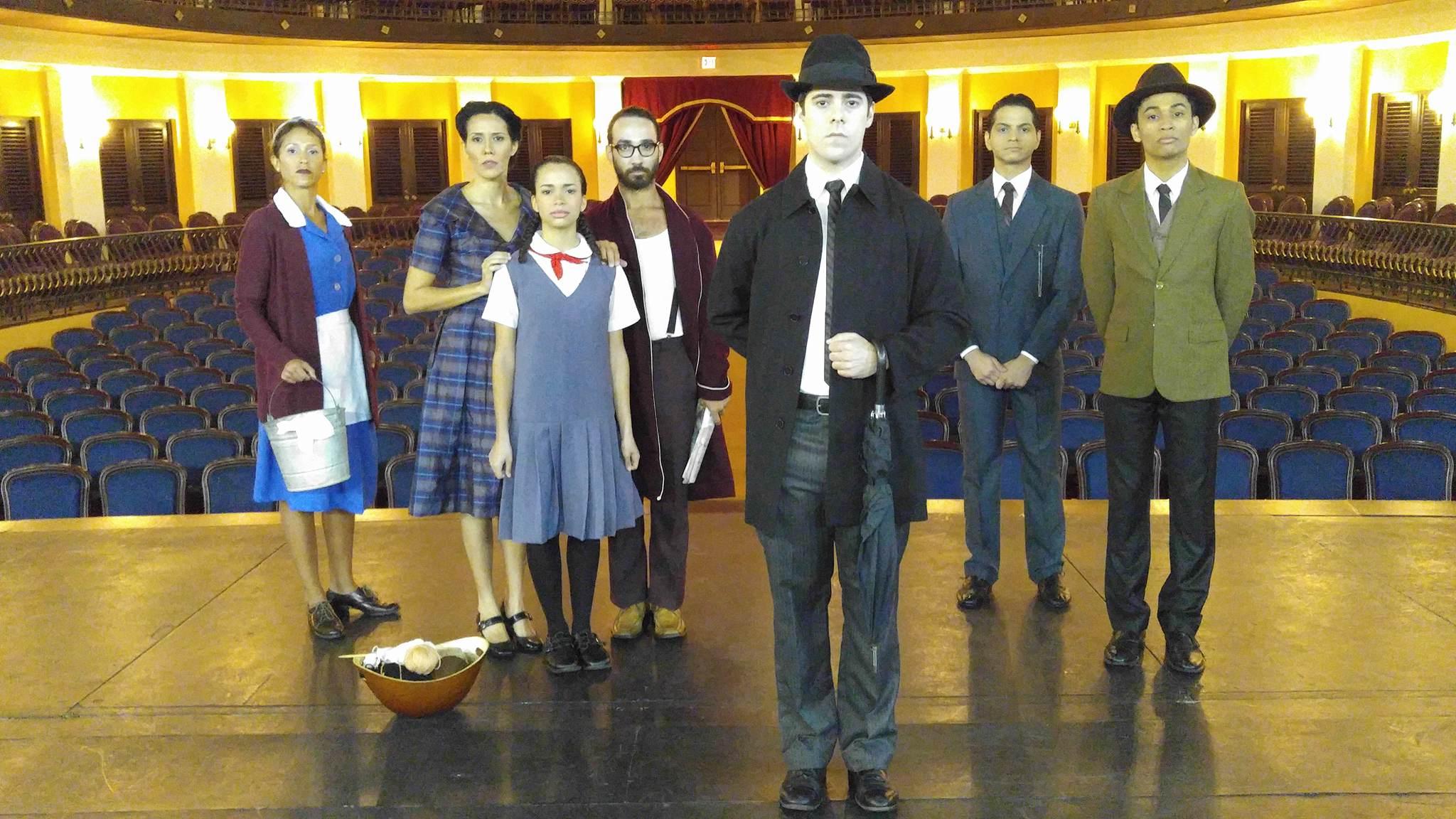 El Taller de Teatro Físico Polimnia presentó recientemente La Metamorfosis. (Foto Iván Olmo)