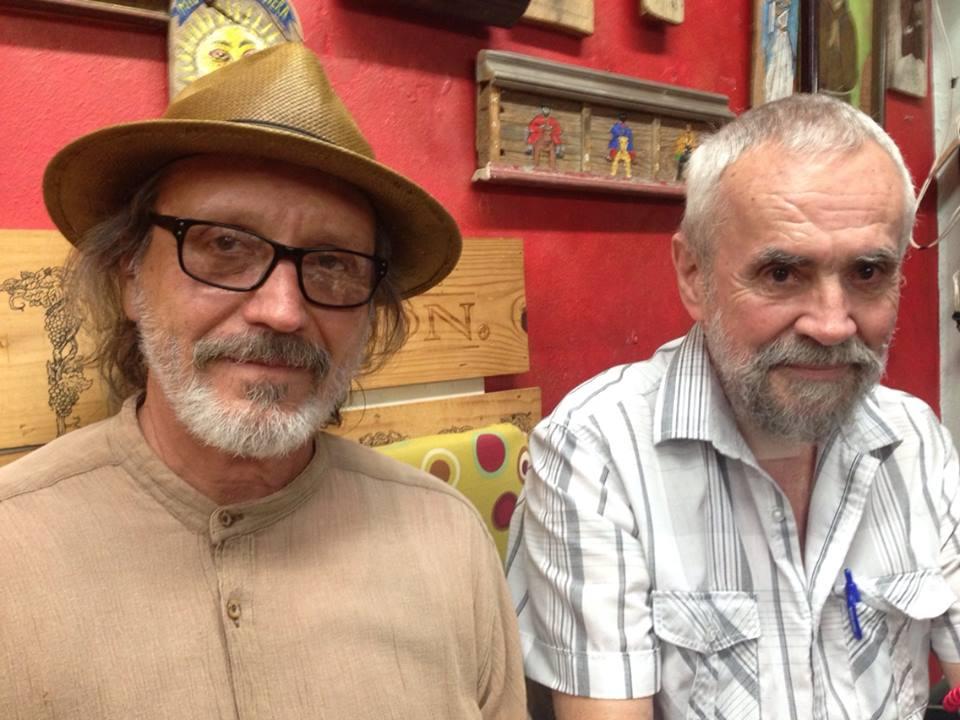 Elizam Escobar junto al artista Carlos Irizarry. (Foto suministrada)