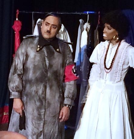 José Caro y Evelyn forman parte del elenco de la producción de Tantai. (Foto Joselo Arroyo para Fundación Nacional para la Cultura Popular)