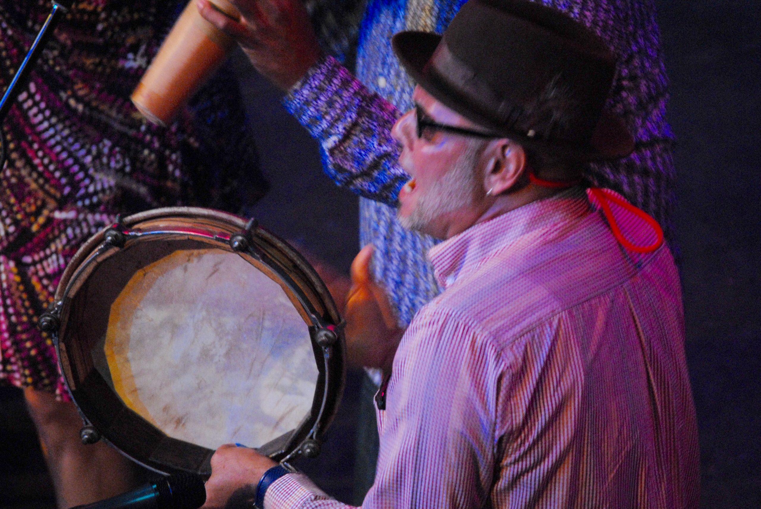Viento de Agua inundó de ritmo el Tapia con temas procedentes de sus cuatro producciones discográficas. (Foto Jaime Torres Torres para Fundación Nacional para la Cultura Popular)