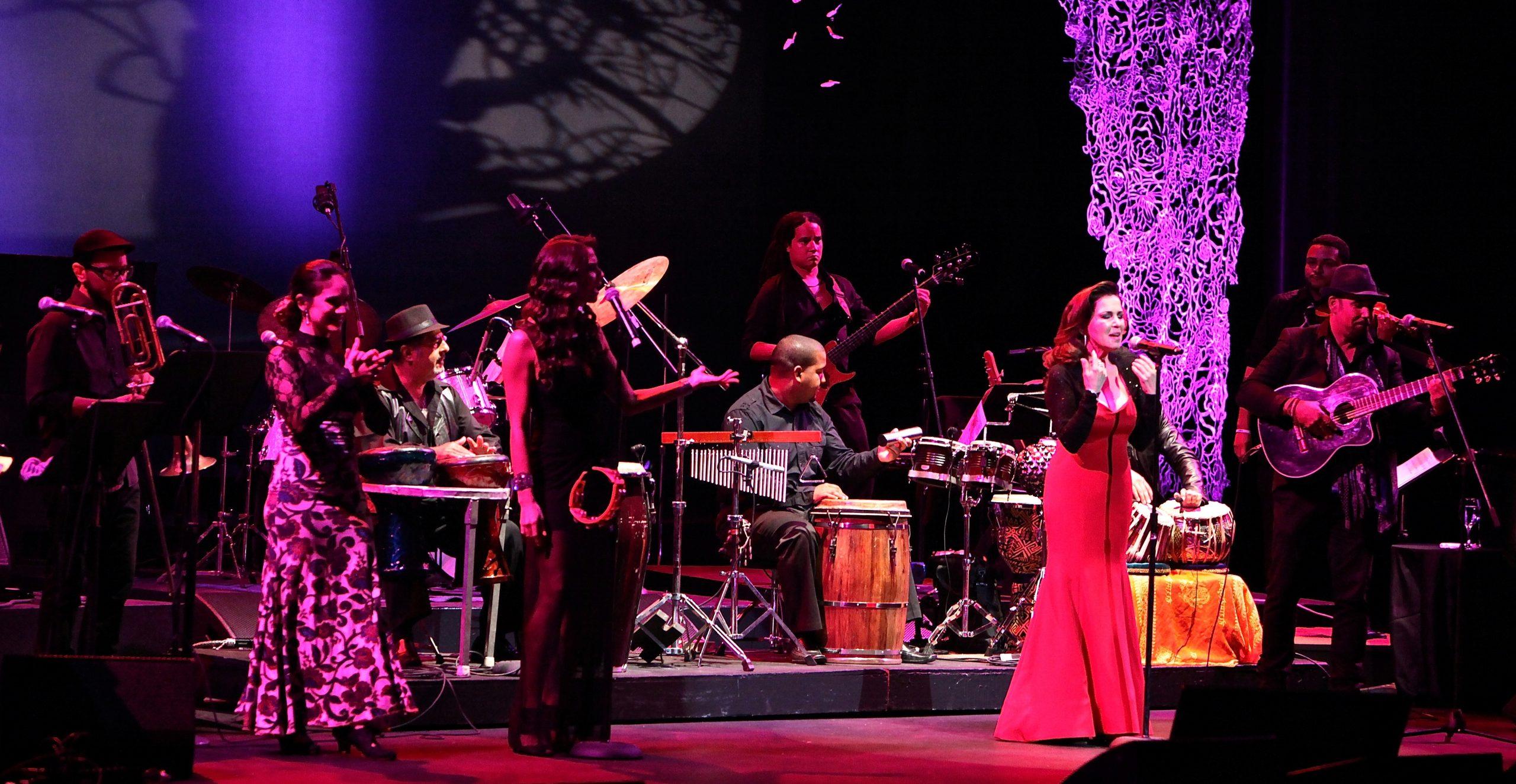 Fusión Jomda fue el grupo invitado especial de Nydia Caro el pasado mayo en su concierto en la Sala Antonio Paoli del Centro de Bellas Artes. (Foto Rafi Claudio)