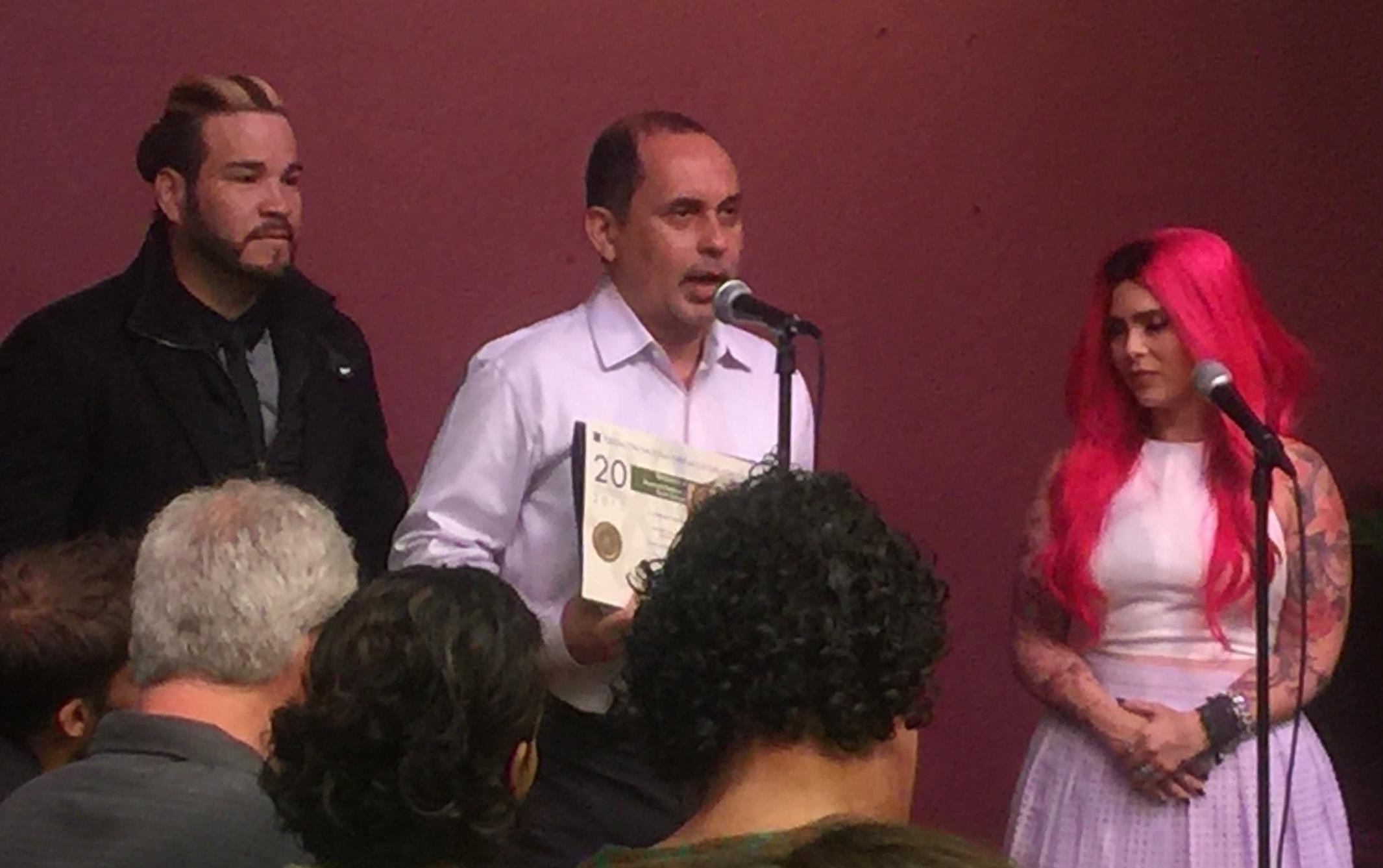 Humberto Ramírez fue distinguido por su producción con Oscar Cartaya. (Foto Alina Marrero para Fundación Nacional para la Cultura Popular)