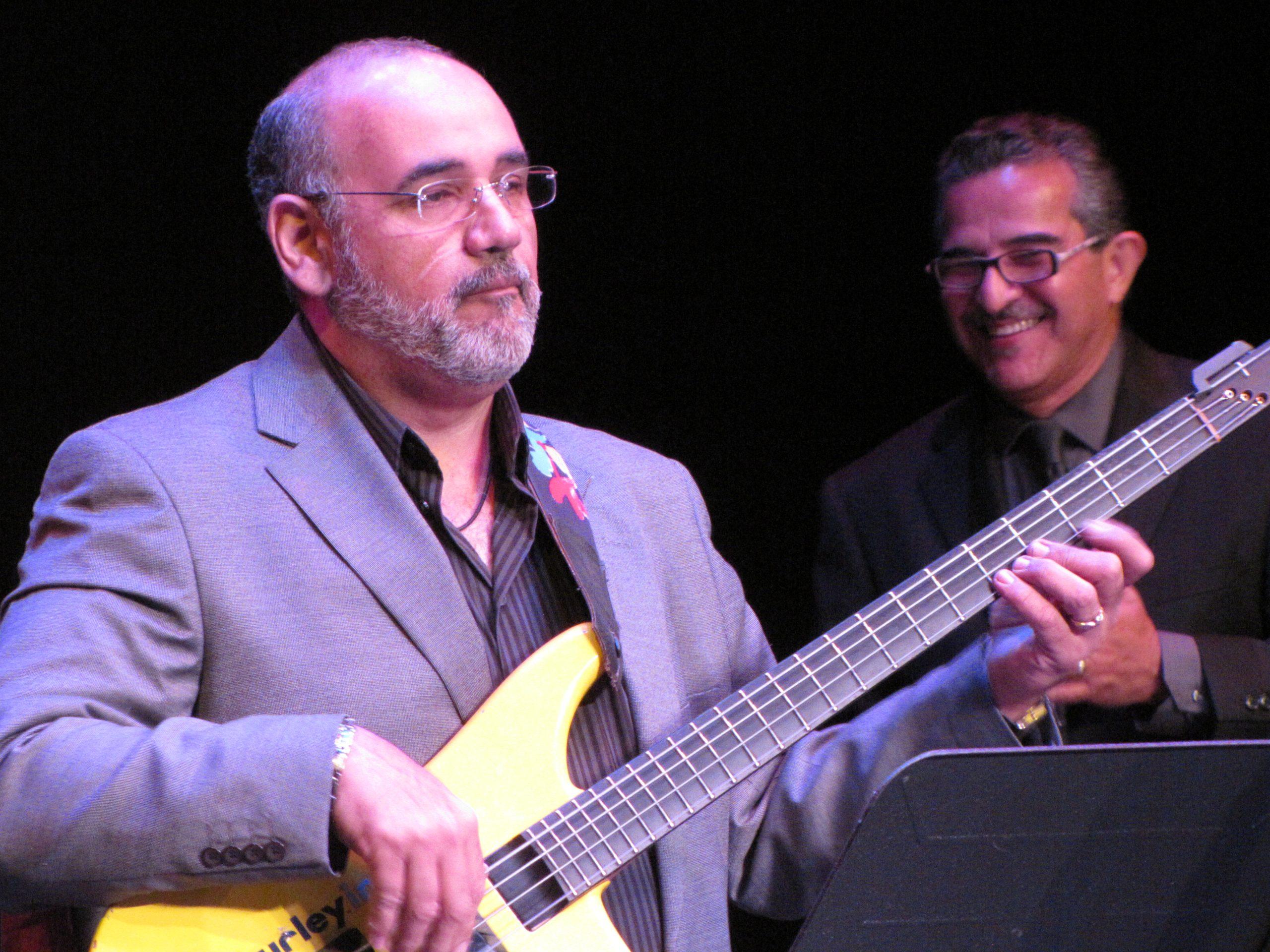 Junior Irizarry comenzó su carrera de forma autodidacta. (Foto Javier Santiago / Fundación Nacional para la Cultura Popular)