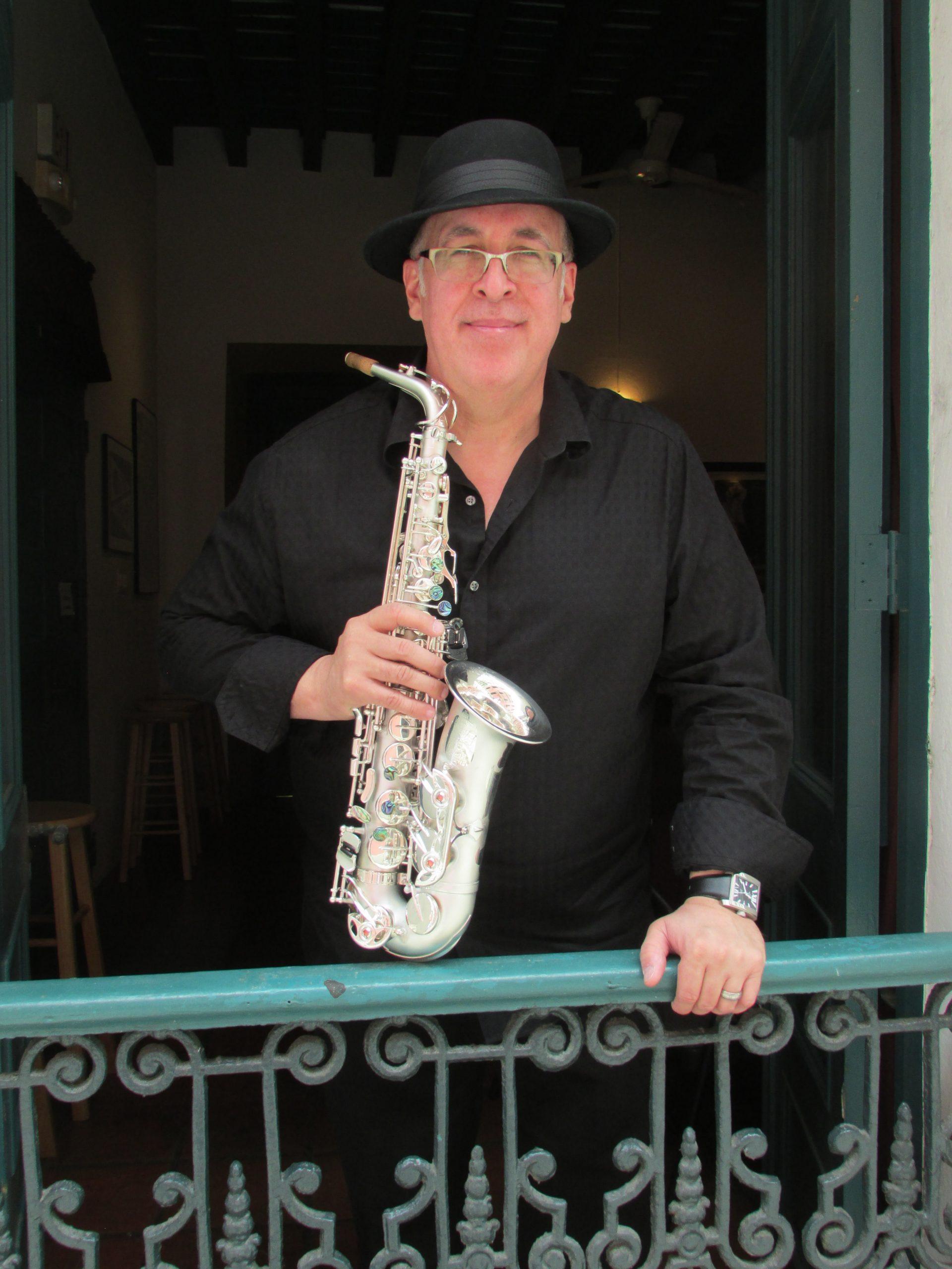 El saxofonista (Foto Javier Santiago / Fundación Nacional para la Cultura Popular)