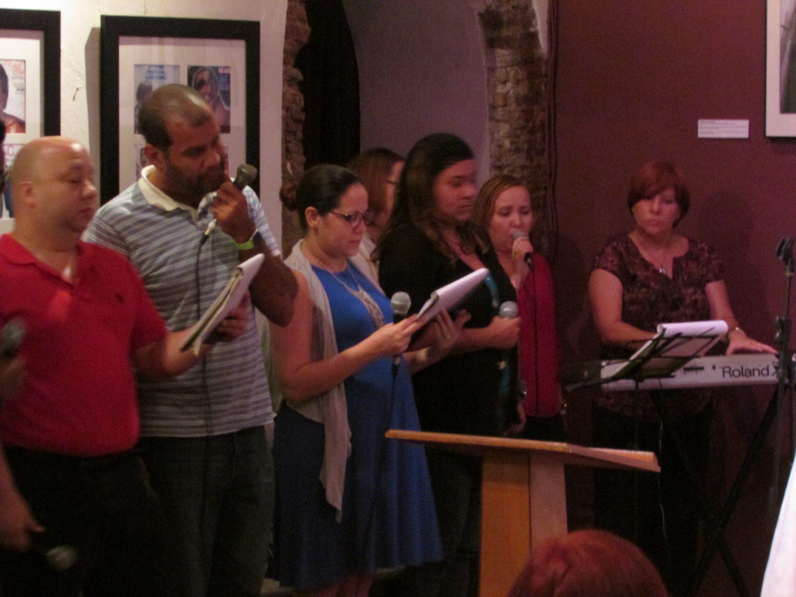 El Coro San José interpretó cánticos especiales para la Misa de Bendición. (Foto Javier Santiago / Fundación Nacional para la Cultura Popular)