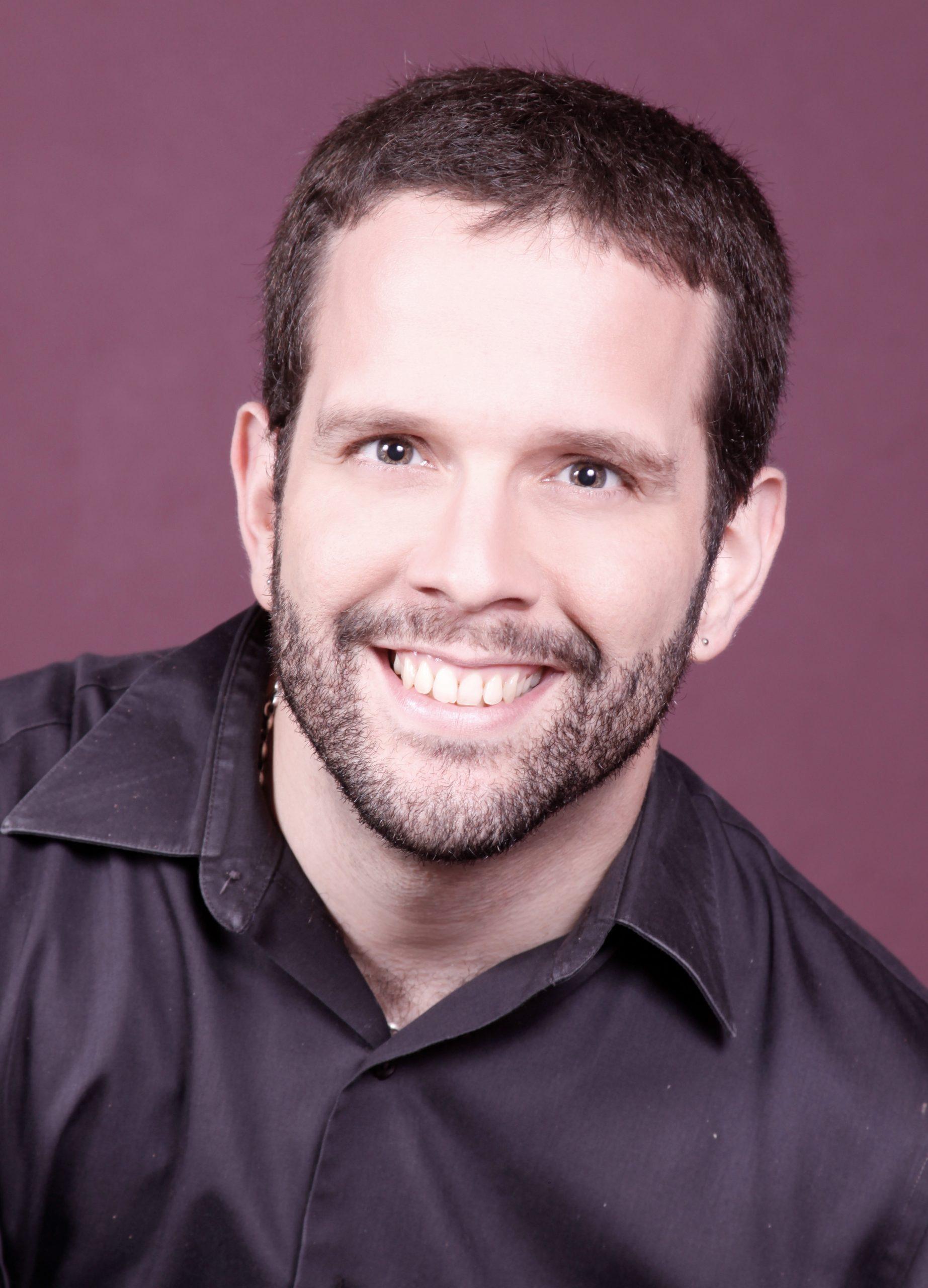 "Jorge Santiago forma parte del elenco de ""El viajecito"", de Adriana Pantoja, que se presentará en e; 3er. Festival Al Fresco este fin de semana. (Foto suministrada)"
