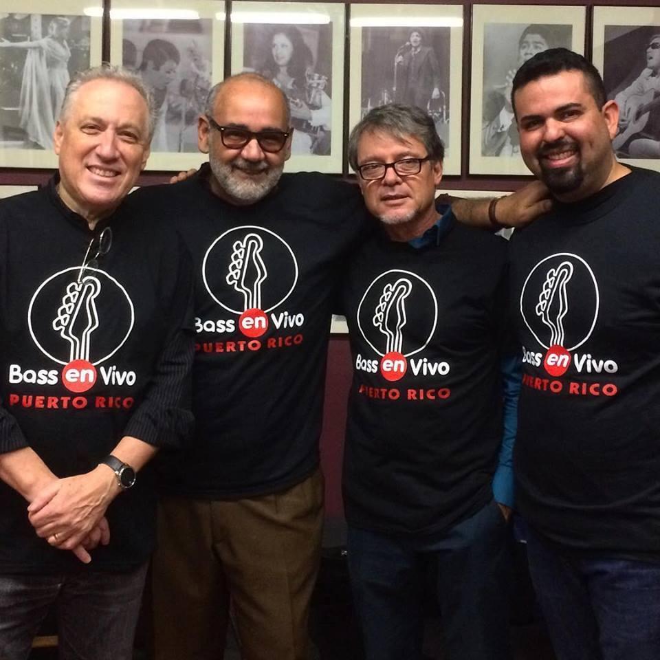 """Oscar Stagnaro, Junior Irizarry, Sammy Morales y Rubén Amador comparten durante la celebración de """"Bass en vivo"""" organizado por el Conservatorio de Artes del Caribe (CAC). (Foto suministrada)"""
