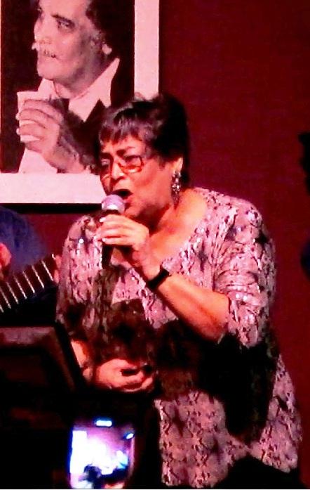 Ida Claudio recuerda al Anacobero. (Foto Javier Santiago / Fundación Nacional para la Cultura Popular)