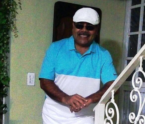 Luis Peña es el autor de las canciones que incluye la producción de Son de Isla Verde. (Foto suministrada)