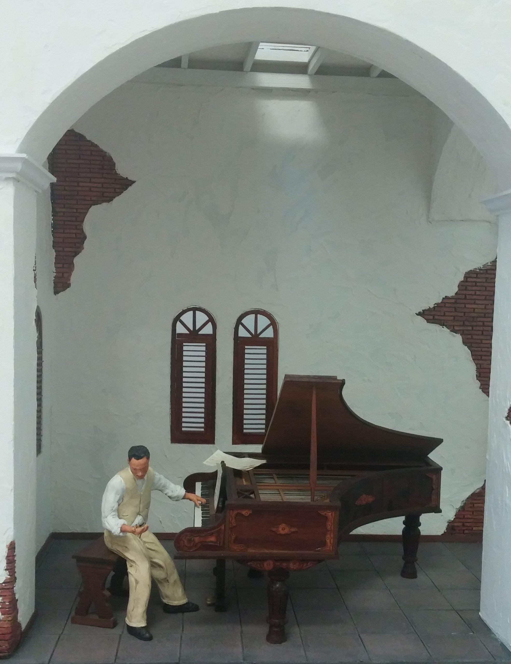Quintón representa al compositor y músico José Ignacio Quintón. (Foto Gabriela Ortiz para Fundación Nacional para la Cultura Popular)