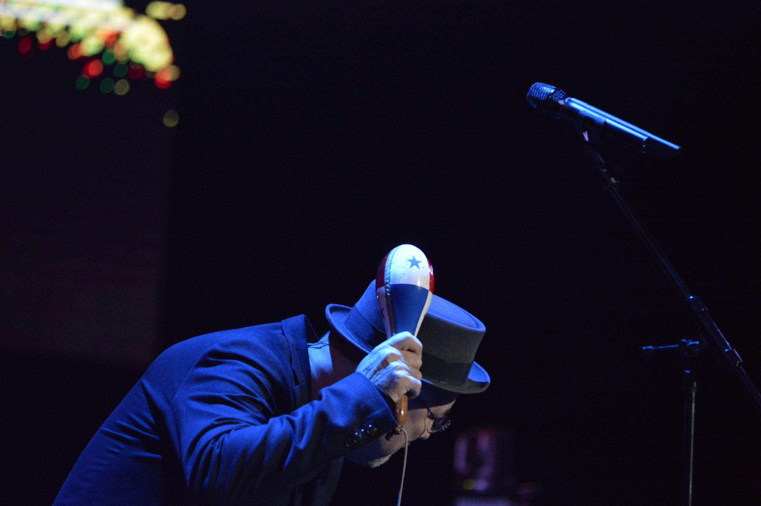 Blades rindió homenaje al inolvidable Cheo Feliciano en su concierto. (Foto José Rodríguez©)