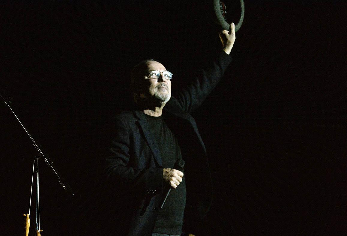 """El cantautor panameño presentó a casa llena el concierto """"Caminando y adiós"""". (Foto José Rodríguez©)"""