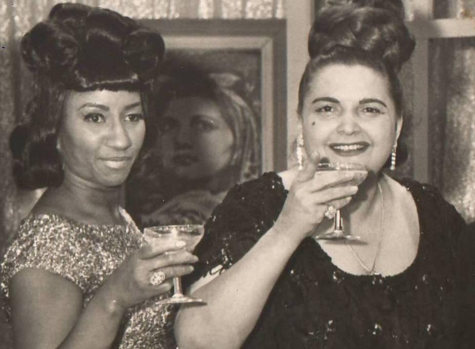 Ya en el exilio, Celia Cruz asiste como invitada al programa de Myrta Silva en Nueva York. (archivo Fundación Nacional para la Cultura Popular)